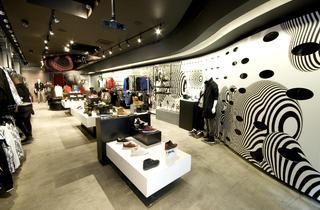 Puma the Black Store (CLOSED)