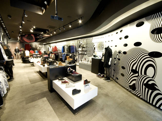 Puma the Black Store