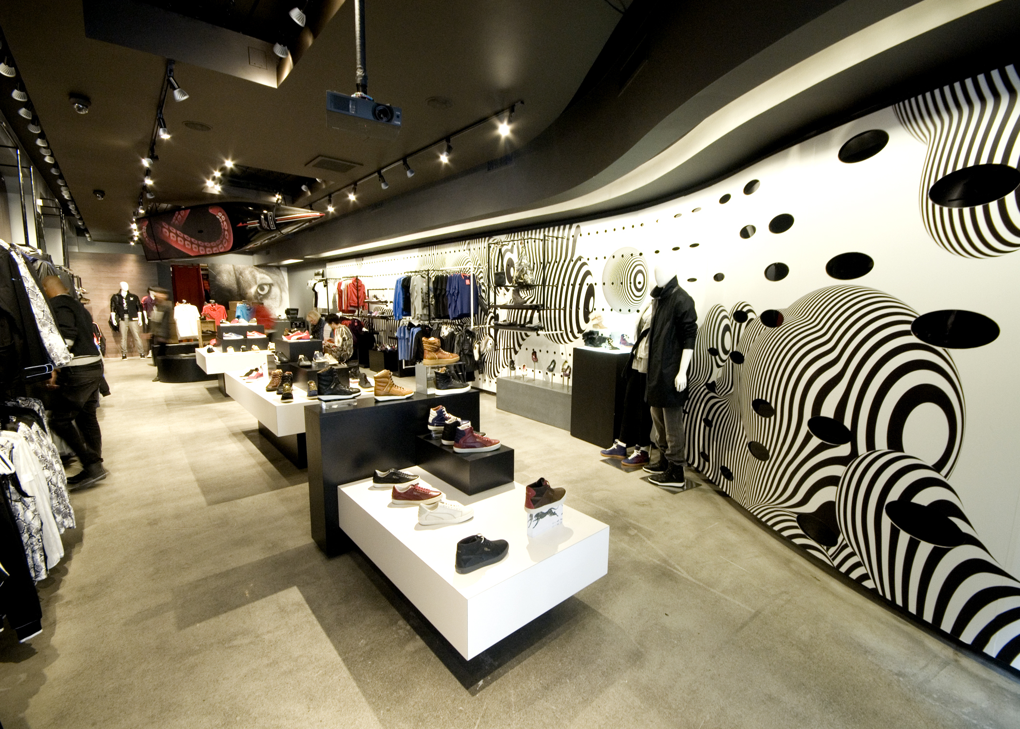 low priced 47460 4462f Puma the Black Store (CLOSED)   Shopping in Chelsea, New York