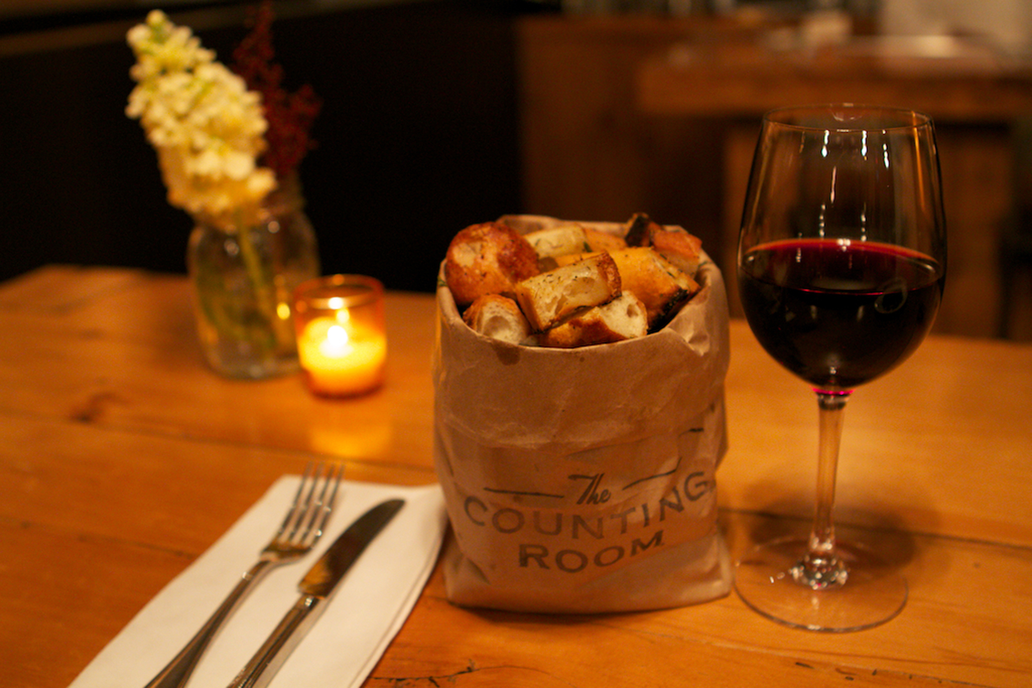 Warm bag of croutons at the Counting Room