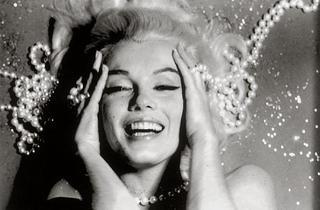(Bert Stern, 'The Last Sitting (Pearls)', 1962 / Courtesy de la galerie de l'Instant)