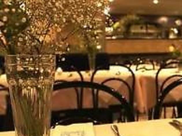 Khan's Restaurant - Bayswater