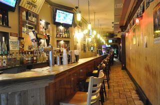 Iggy's Karaoke Sports Lounge