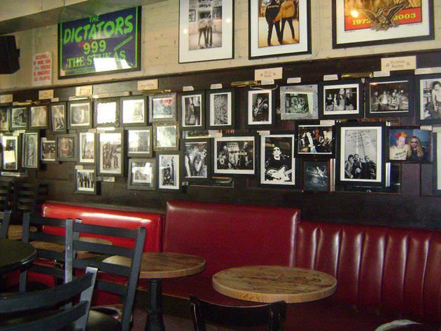 Manitoba's | Bars in East Village, New York