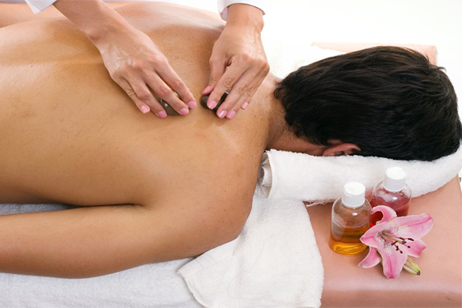 Metamorphosis Day Spa: Aromatherapy massage