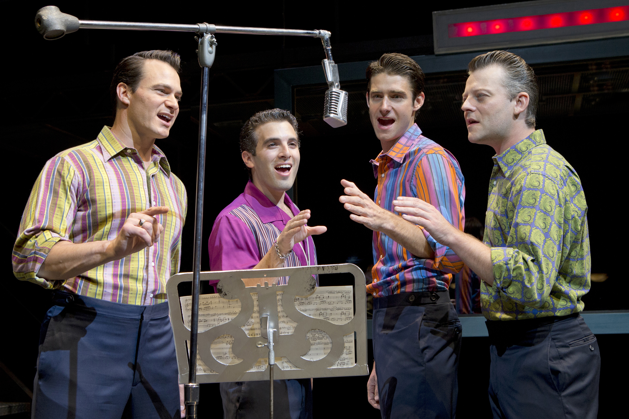 Guide to Jersey Boys on Broadway