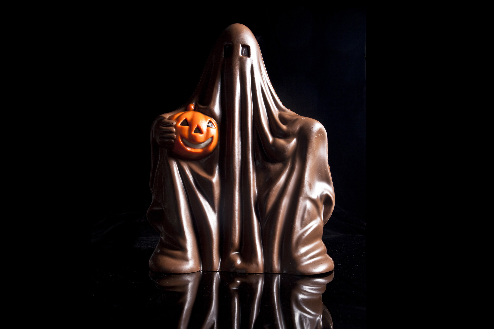 Halloween candy: 50 spooky treats (2012)