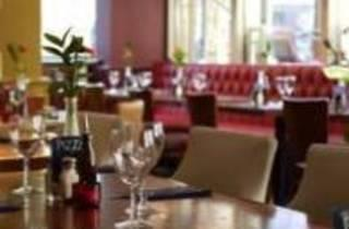 Azzurro Italian Bar & Kitchen - Tooley