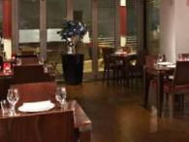 Squares Restaurant