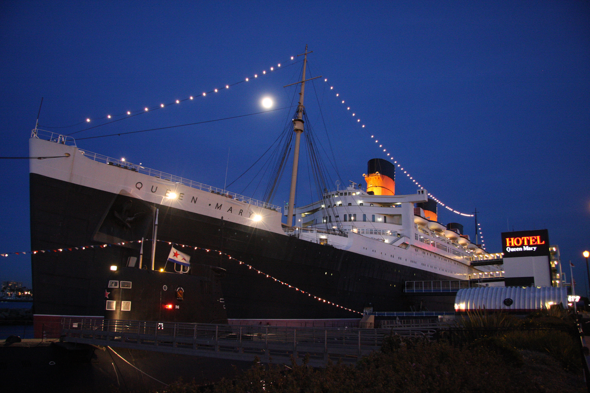 New Year S Eve Aboard The Queen Mary Things To Do In Los Angeles