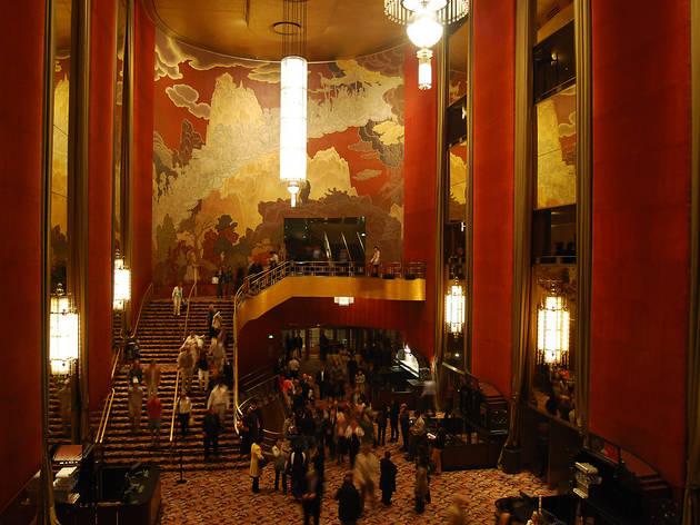 Radio City Music Hall (Allistair via Flickr)