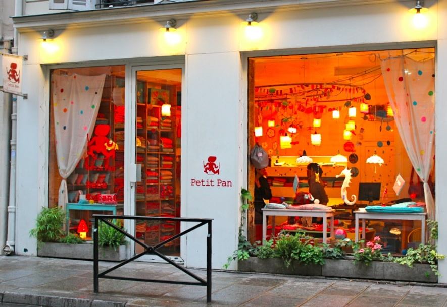 Petit pan shopping in le marais paris - Le petit salon paris ...