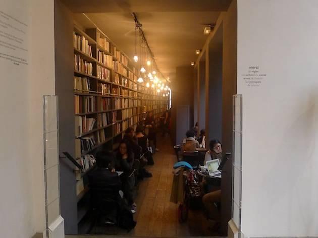 Merci (Direction le café littéraire / ©Barbara Chossis)