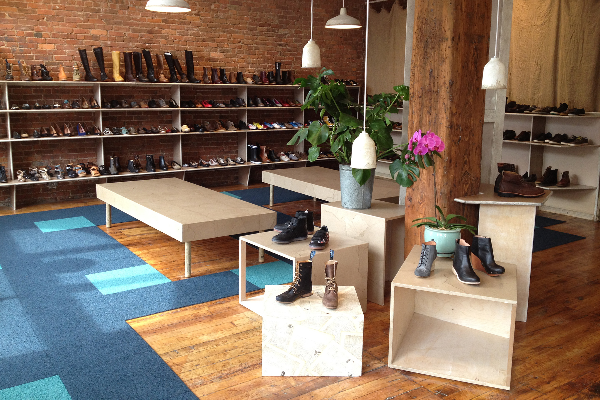 Best Shoe Stores For Sneakers Sandals Boots And Heels In Nyc