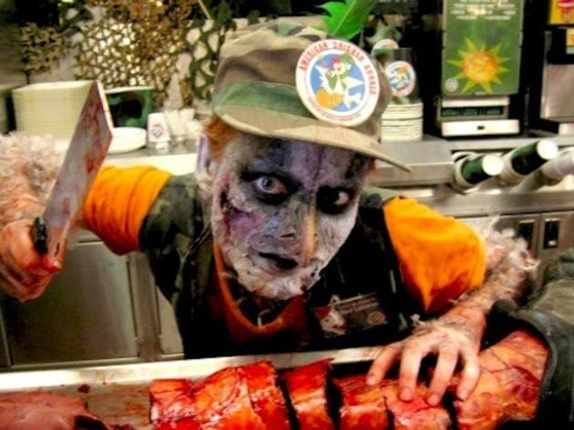 'Poultrygeist : Night of the Chicken Dead' (2006) de Lloyd Kaufman