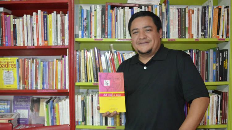 Luis Martín Ulloa. Editor de D rosa al rojo
