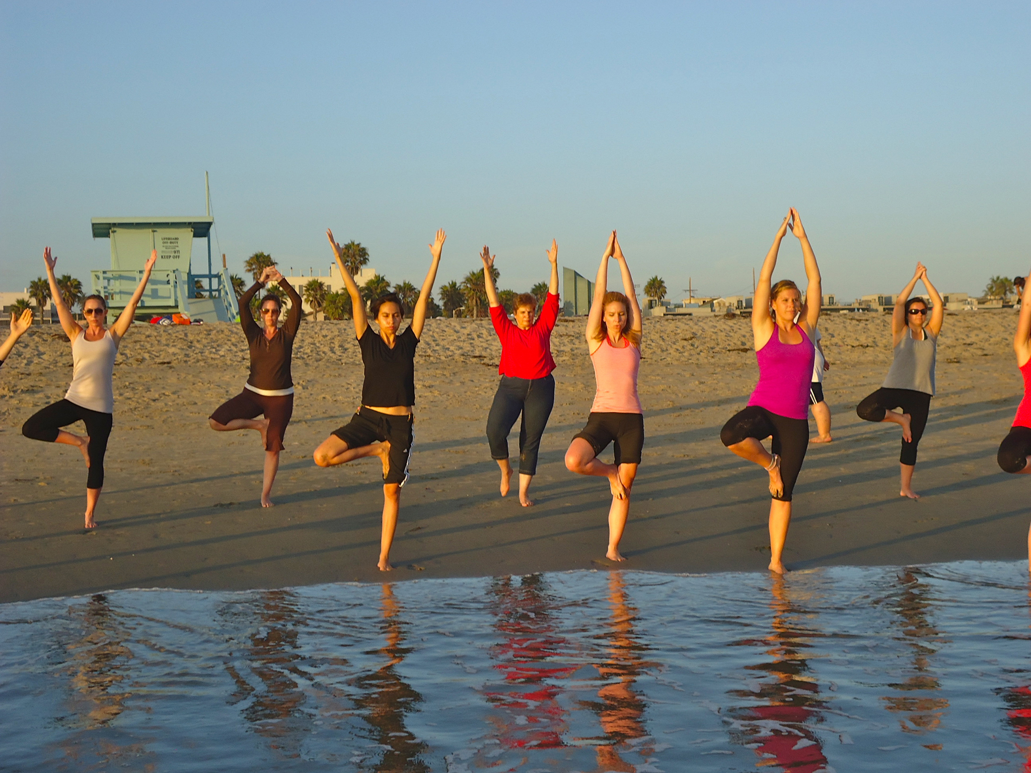 Yoga classes in Los Angeles: Beach Yoga with Brad