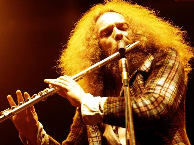 Jethro Tull's Ian Anderson plays 'Thick As A Brick'
