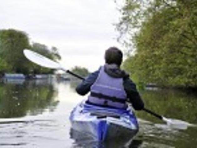Get wet with London Kayak Tours