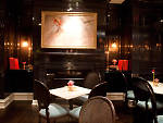 New York bars with fireplaces: Lantern's Keep