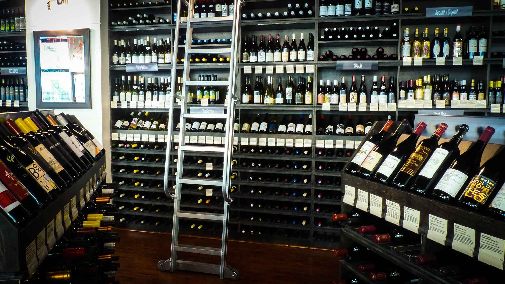 Best wine store options in los angeles for red white and for Wine shop decoration
