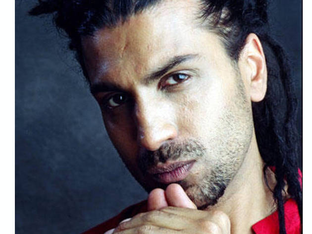 Basement Bhangra Thanksgiving Eve Edition: Apache Indian