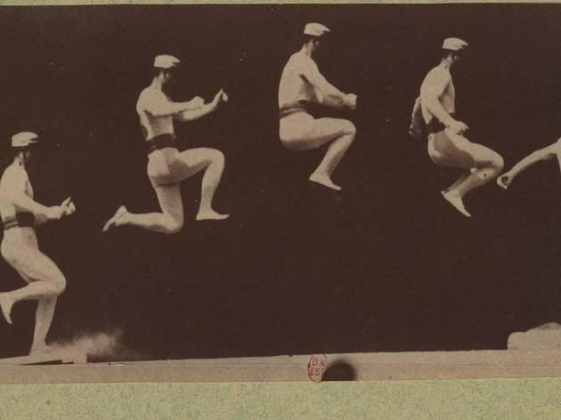(Etienne-Jules Marey, 'Saut long et élevé', 1882 / BnF, Estampes et photographie)