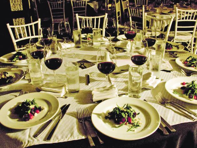 Cena en la obscuridad