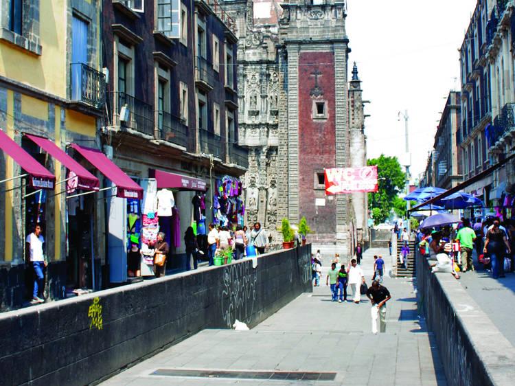 Calle Santísima