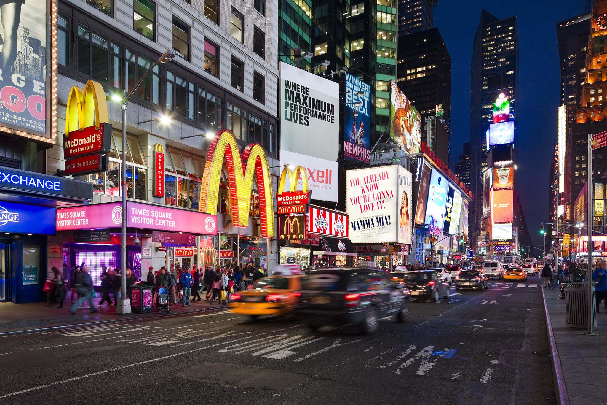 Times square manhattan ny attractions in midtown west for Places to see in nyc at night