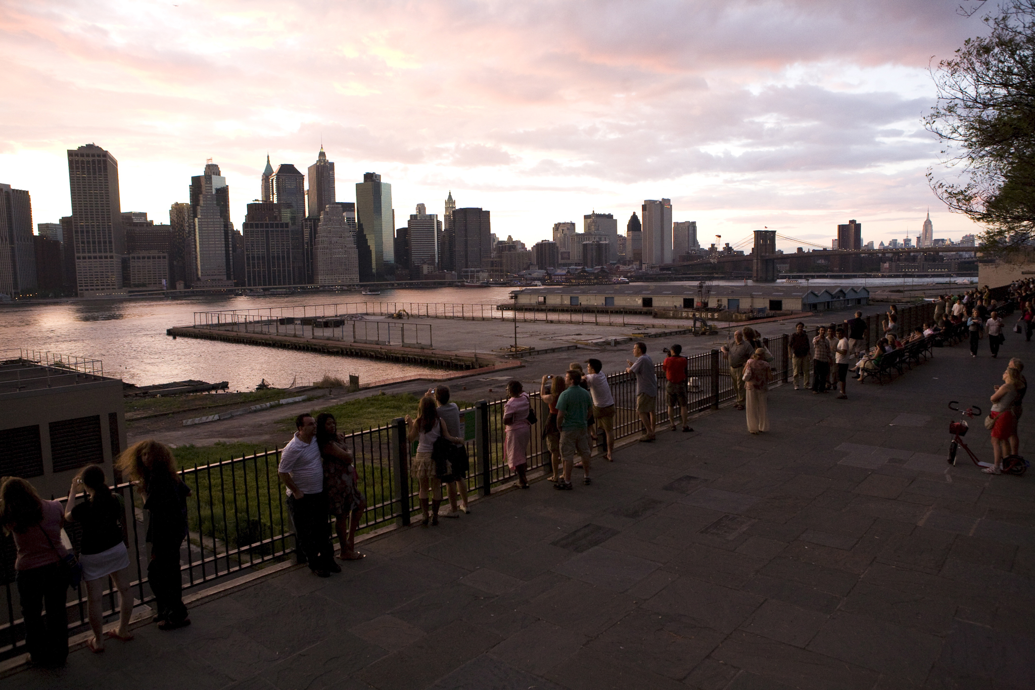 Spend an afternoon relaxing on the Brooklyn Heights Promenade