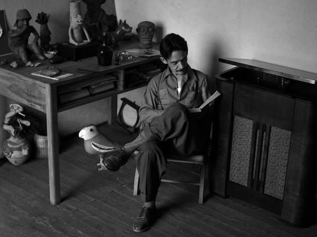 Manuel  en su estudio (Cortesía Bellas Artes)
