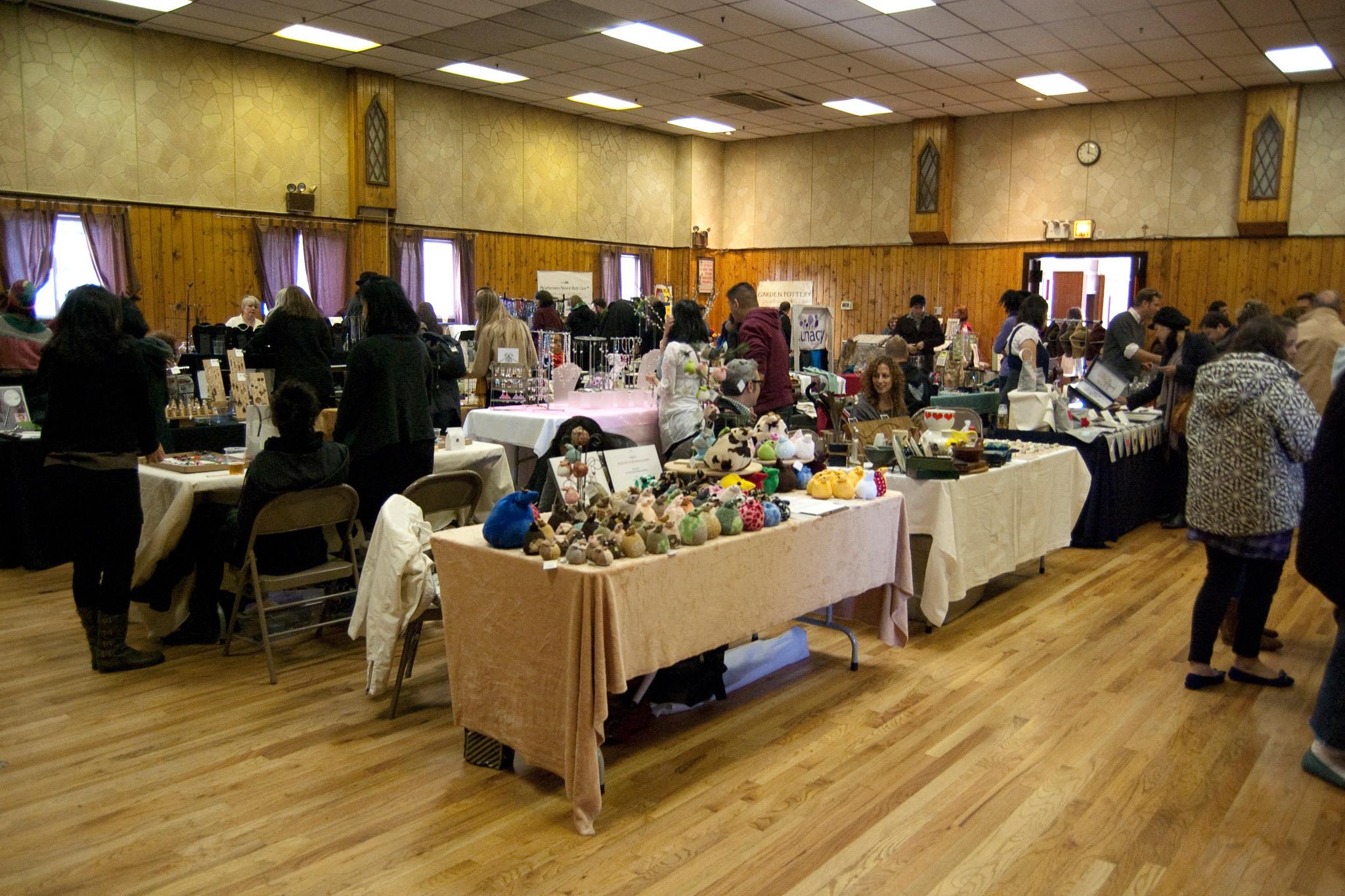 Astoria Market Holiday Markets