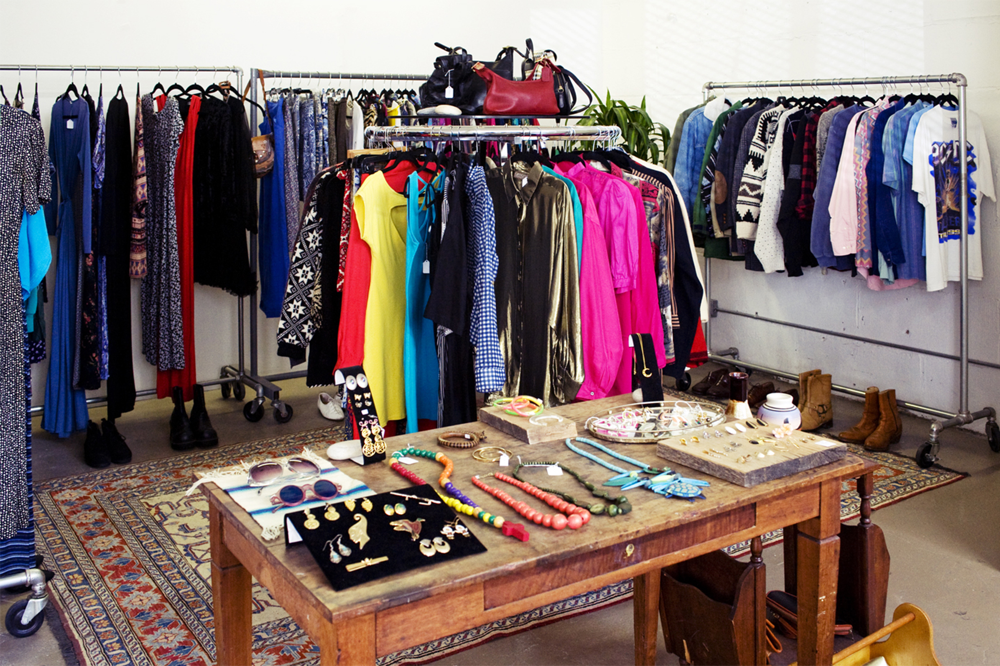 Shop the best vintage clothing stores for outfits and accessories
