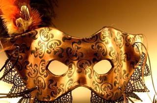 Bal masqué au Régine's