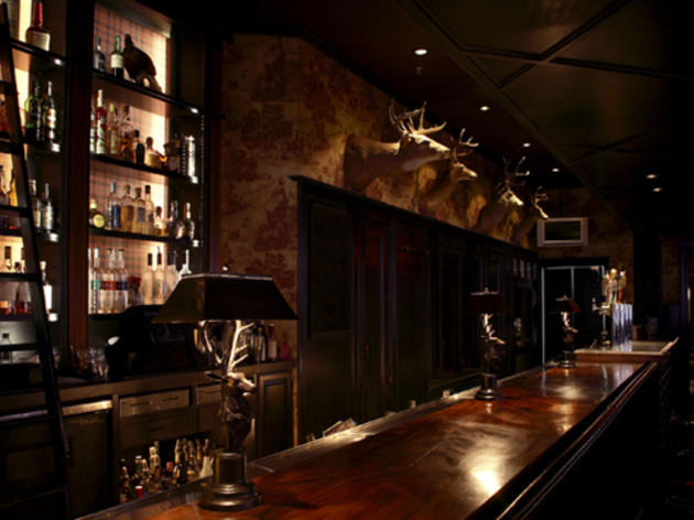 The Best Whiskey Bars In Los Angeles For Top Notch Drinking