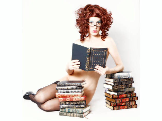 Naked Girls Reading: Fantasy