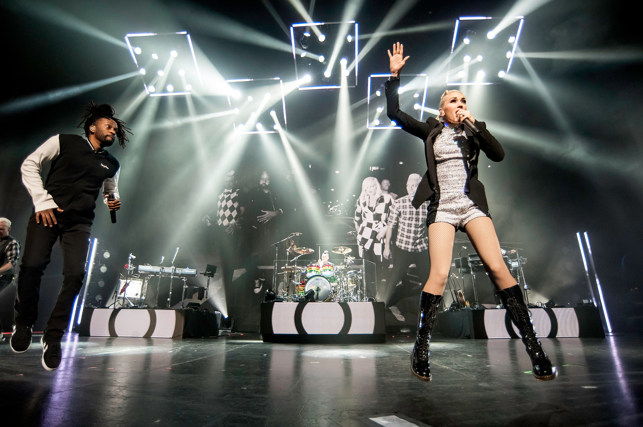 No Doubt live at Gibson Amphitheater