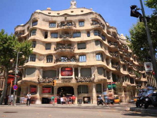 2. Gaudí y el Modernismo