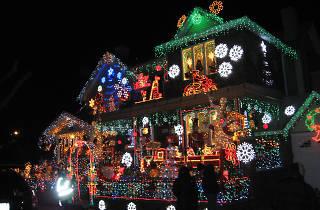 A Christmas Week Brooklyn Lights Ride