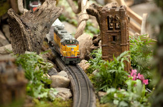 Bar Car Nights at the Holiday Train Show