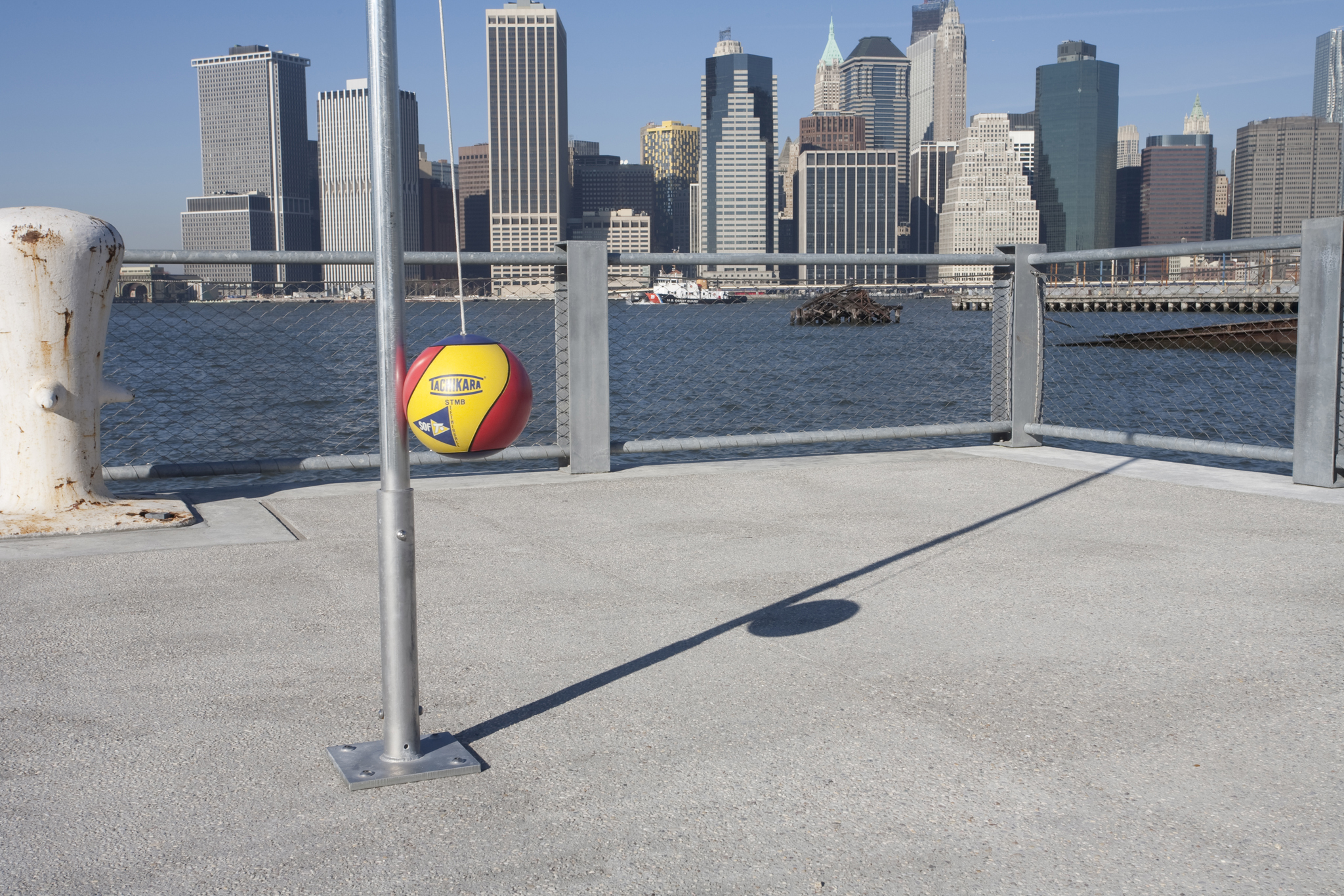 Picnic in Brooklyn Bridge Park, Pier 5