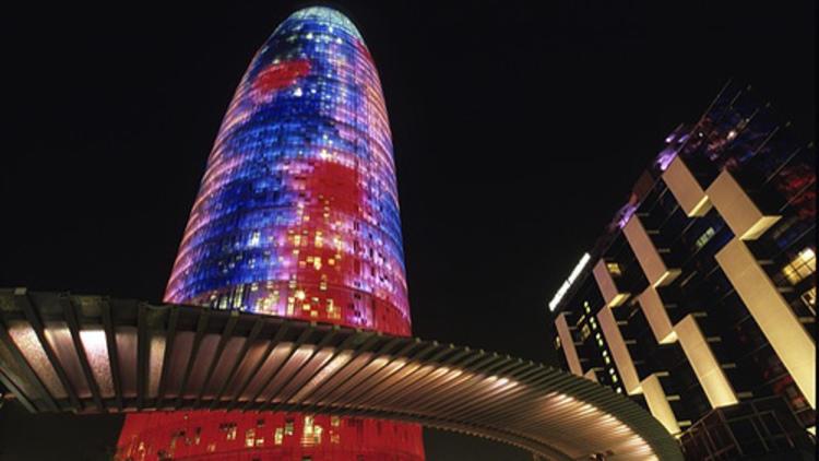 Torre Agbar / 1999-2005