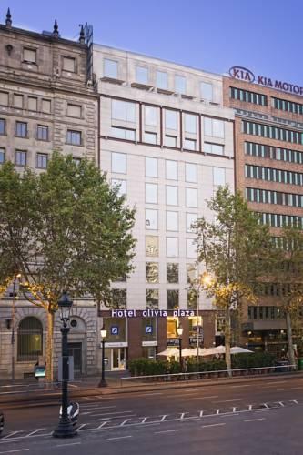 Olivia Plaza Hotel