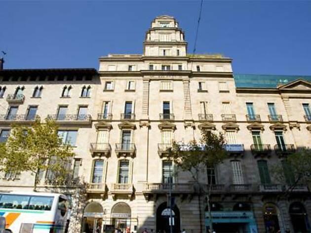 Friendly Rentals Plaza Catalunya