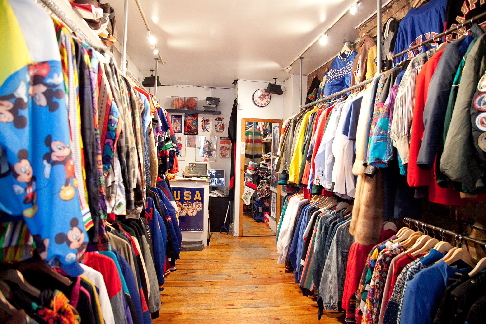 Clothing stores in harlem new york