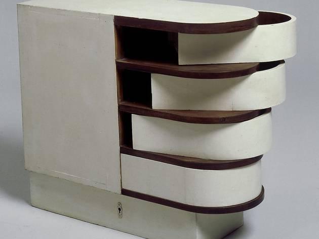 ('Cabinet à tiroirs pivotants', 1926-1929 / © Centre Pompidou / Photo : Jean-Claude Planchet / © DR)