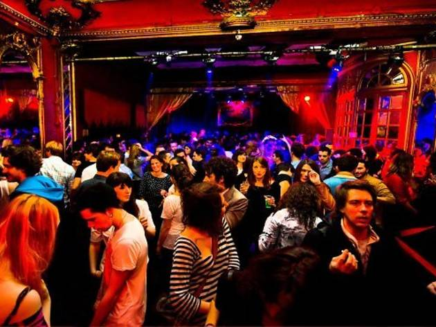 Soirée Cabaret Rouge : revival 70's, 80's et 90's