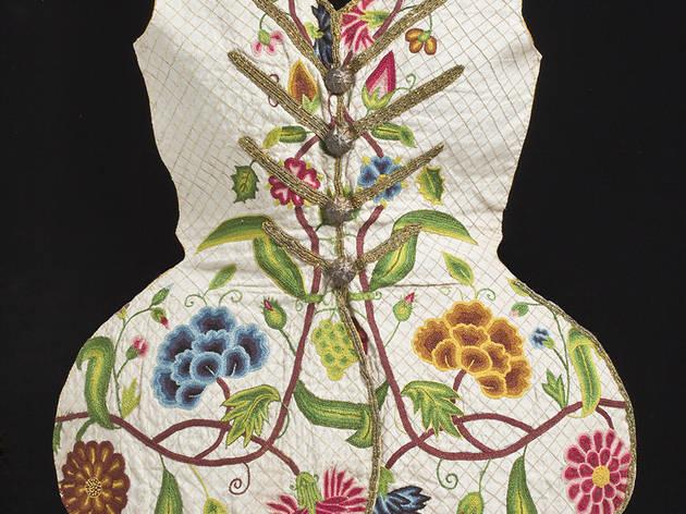(Corsage anglais ou de l'Inde, vers 1730-1760 / © 2010 Museum Associates/LACMA)