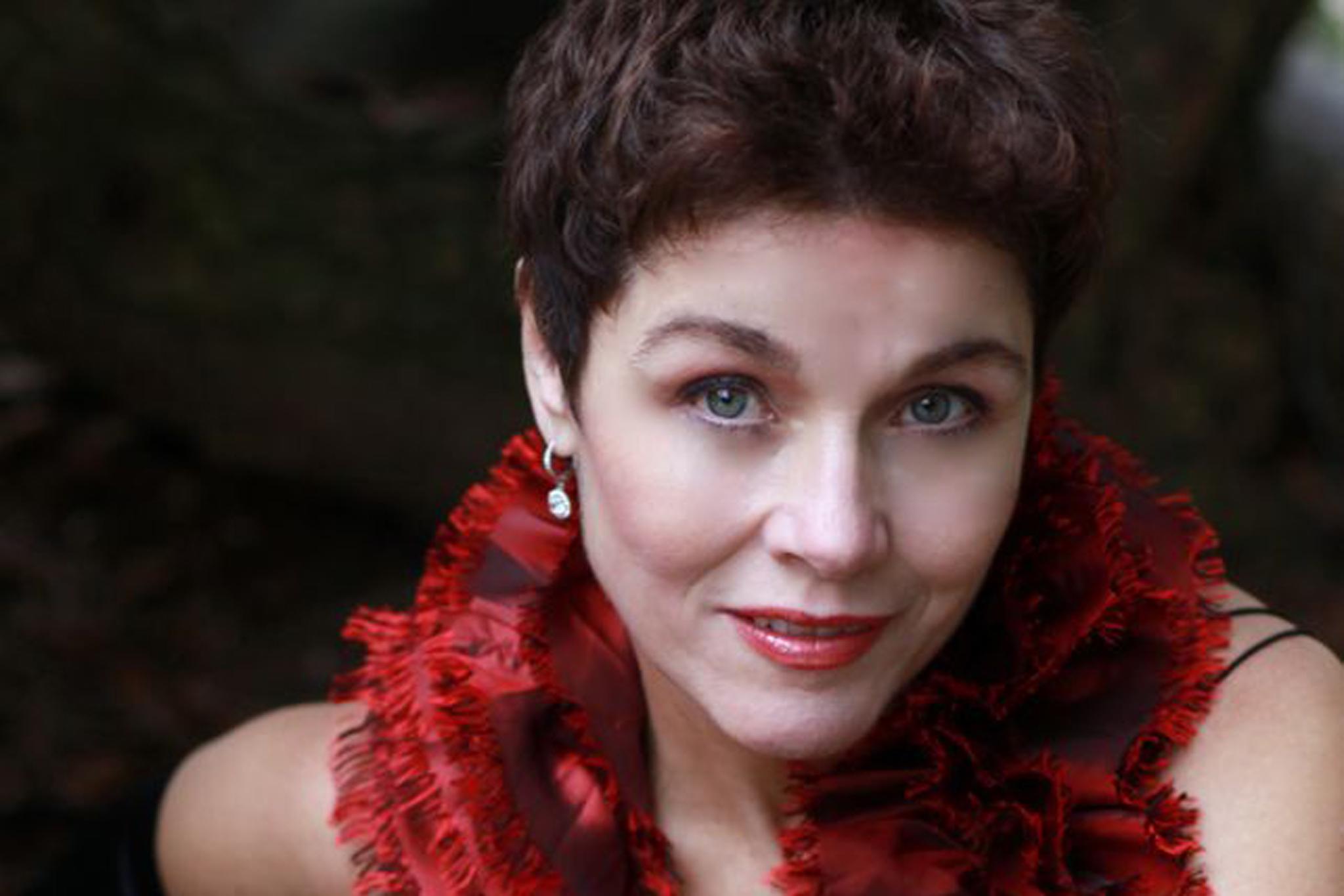 Christine Andreas
